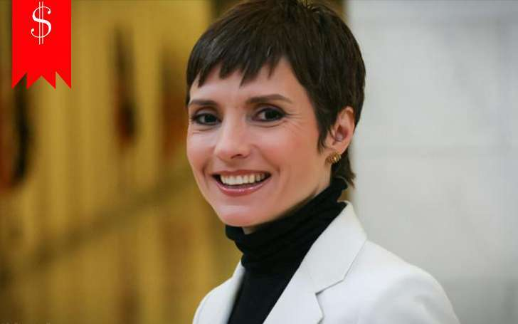 What are the sources of correspondent Catherine Herridge's income? Know about her salary & net worth