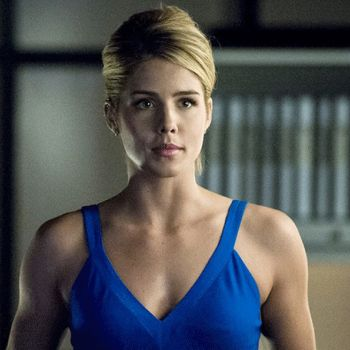 What are the movies & series that have made Emily Bett Rickards famous? Know more about her career