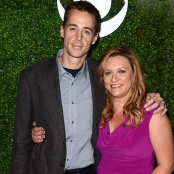 Know about the 11-years long married life of Carrie James and actor Sean Murray