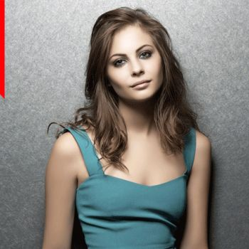What is the net worth of actress Willa Holland? Find out about her net worth and acting career