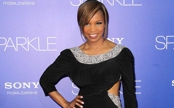 Is actress Elise Neal Married? Know about her affair, rumors, and relationship