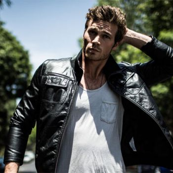 Actor Derek Theler's estimated Net Worth is around $3 million. Know about his Luxury car and House.