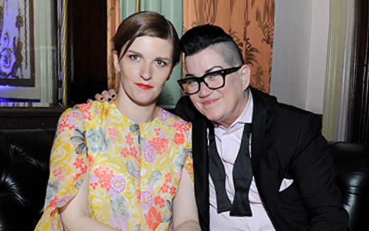 Lea DeLaria  and Chelsea Fairless call off their wedding. What is the reason behind their split?