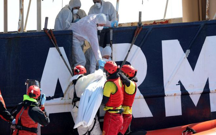 Bodies Of 5 Dead African Migrants Recovered From Mediterranean. Suspected To Have 250 People Drown