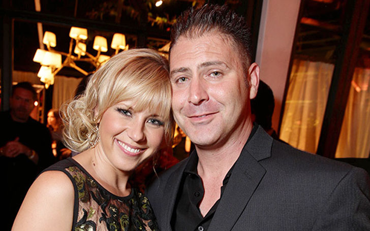 Why did Jodie Sweetin issue a restraining order against her ex-fiance Justin Hodak?