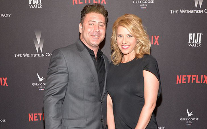 Why did Jodie Sweetin and Justin Hodak split after 2 years of engagement?