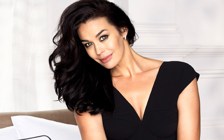 Megan Gale Hinted That She Is Pregnant In A Playful Instagram Post