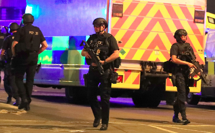 Suspected Suicide Bombing at an Ariana Grande Concert in Manchester Arena Kills 19 and 59 injured
