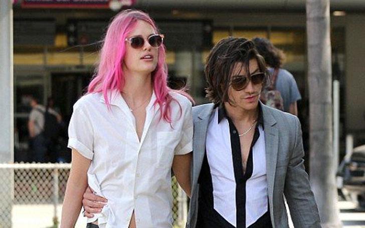 Cool Arctic Monkeys Frontman Alex Turner Girlfriend Dating Dating Hairstyles For Men Maxibearus