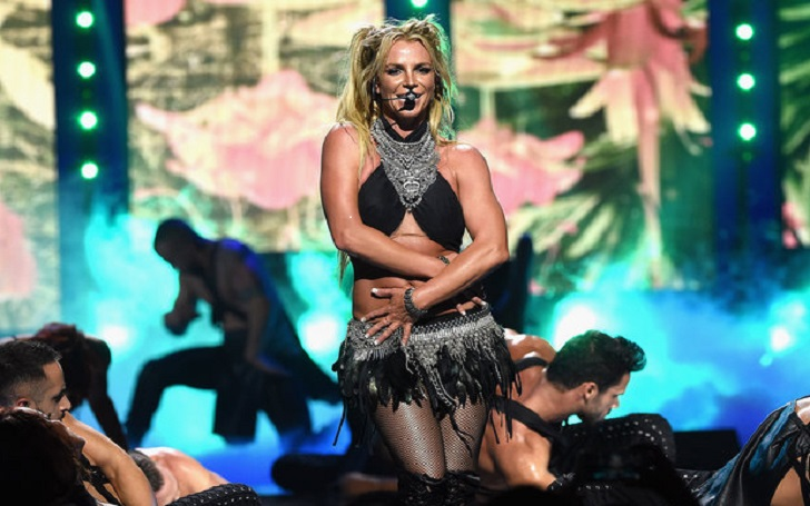 Britney Spears is in Japan! See what's see is doing, Concert Photos and Fans Reactions!