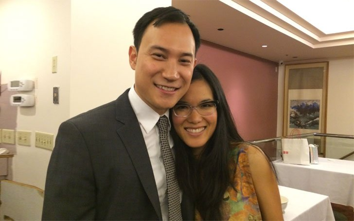 Justin Hakuta with fun, Wife