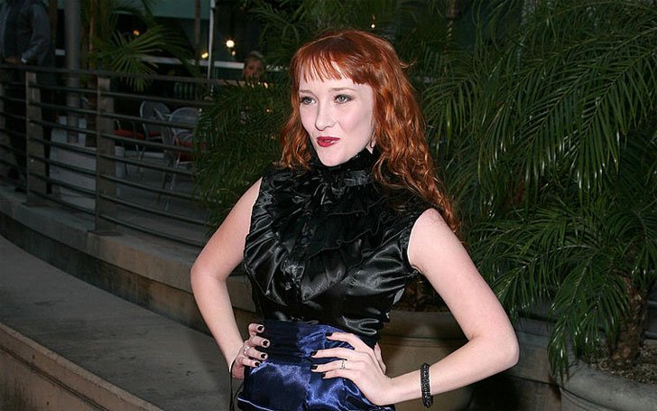 Is Scarlett Pomers Dating Anybody? Know About Her Affairs and Dating History