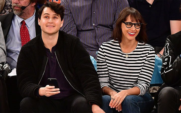 Rashida Jones is Dating Ezra Koenig! A list of Jones' Previous Boyfriends Here