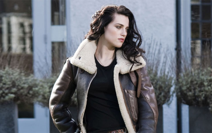 Personal Life Details of Secretive Supergirl Actress Katie McGrath. Full Report on her Dating Life plus Interesting Facts.