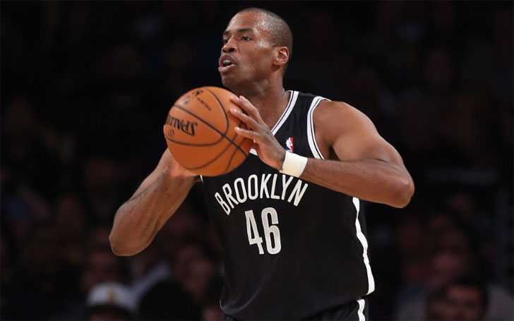 Former Brooklyn Nets Player Jason Collins  is gay, retired from NBA after coming out. Details About his Net worth and Salary