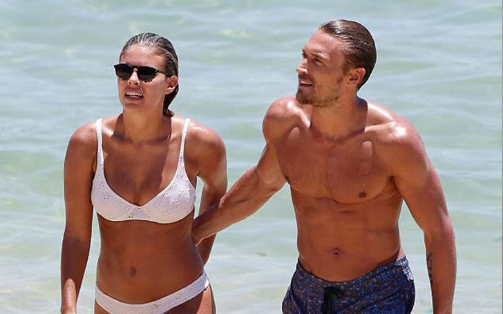 Bikini Model Tash Oakley and her Shirtless Boyfriend Gilles Souteyrand Celebrate two years Together