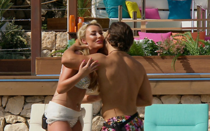 Kem Cetinay and Amber Davies Second Couple to have Sex on Love Island, Break-up. Complete Details!
