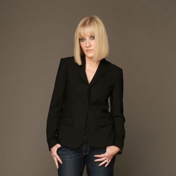Re-Animator Actress Barbara Crampton's Married Life with Husband Robert Bleckman- Affairs and Relationship History