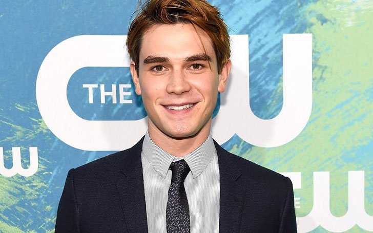 Kiwi Actor KJ Apa Had A Late Night Car Crash After 14-Hour-Long Working Day