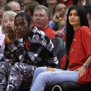 Here Are All The Reasons Why Kylie Jenner Is PREGNANT! Details About Kylie's Relationship With Travis Scott! Could ex-boyfriend Tyga Be The Boyfriend?