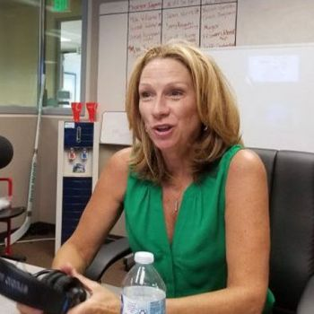 Sportscaster Beth Mowins Dating Life Details- Does She Have a Husband, Is She A Lesbian, Is She Married? Details Here
