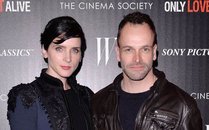 Jonny Lee Miller's Married Life With Wife Michele Hicks