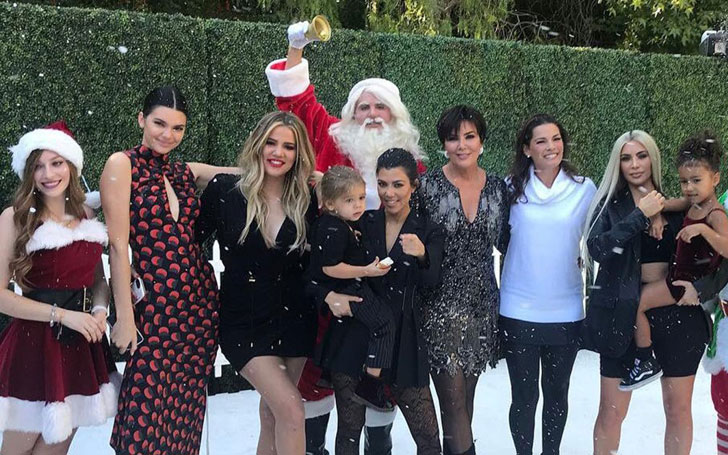 Kardashians Share Christmas Snaps-Kylie Keeps Her Back From Camera Amid Pregnancy Speculation