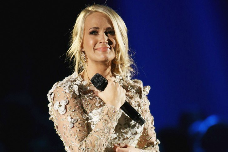 Carrie Underwood Underwent a Wrist Surgery and Over 40 Stitches in Her Face After the November Fall