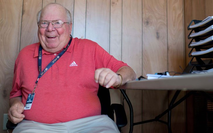 Verne Lundquist married life and his career at this age