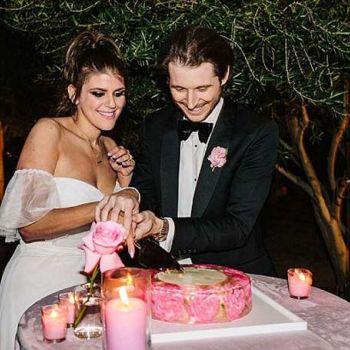 Star Of Awkward, Molly Tarlov Living A Fairy Tale Married Life With Husband Alexander Noyes