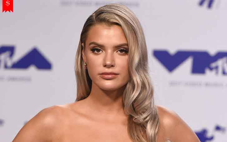 Alissa Violet-How Much Money Does The YouTuber Make? Her Net Worth And Sources Of Income