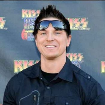 Zak Bagans Successfully Wears A Hat Of�A Paranormal Investigator, Television Personality, And Author-How Much Is His Net Worth? � �