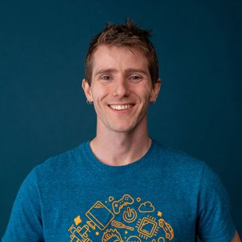 One Of The Popular YouTubers Of 2019 Linus Sebastian Earns Well From His Profession: How Much Is His Net Worth?