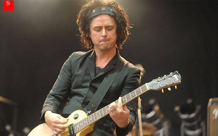 How Much Is The Net Worth Of�The Lead Singer Of The Band Green Day, Billie Joe Armstrong?�Details Of His Income Sources And Assets