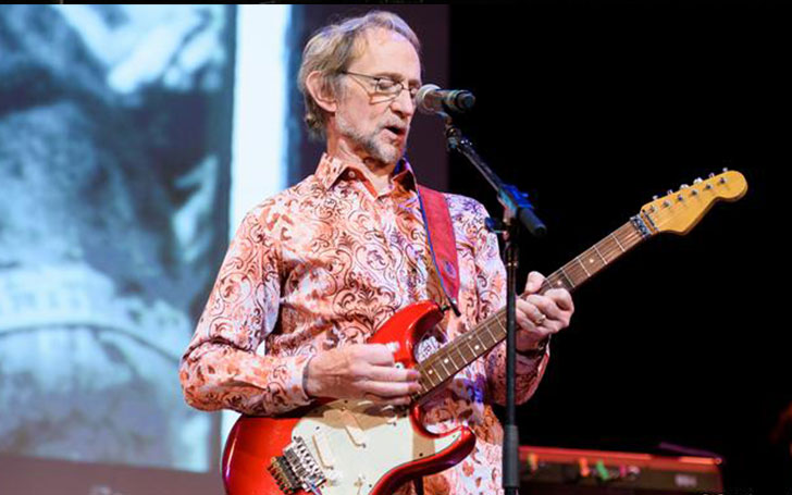 The Monkees' Bass Guitarist Peter Tork Dies At 77