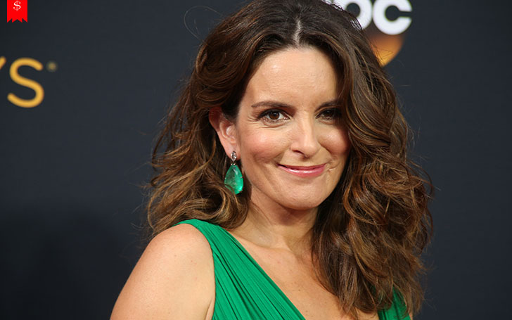 Disclose Hollywood Personality Tina Fey's Net Worth, Earnings, House, And Professional Career