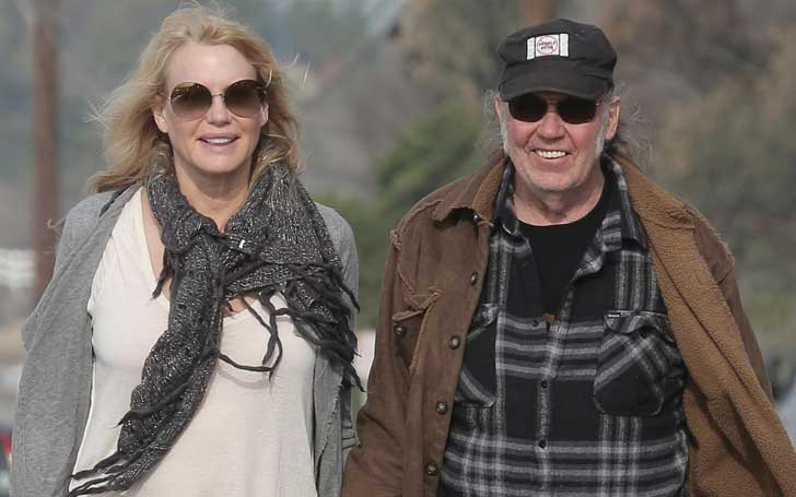 Actress Daryl Hannah Ties Knot With Boyfriend Neil Young