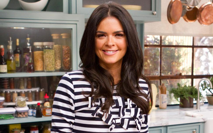 The Food Network Star Katie Lee Engaged To Her Boyfriend