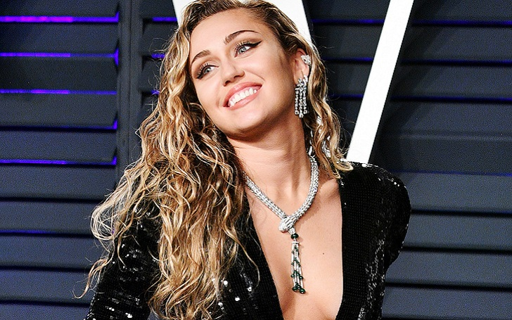 Miley Cyrus Pays Tribute To Father Billy Ray's Chart Success Posing Topless