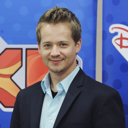 Jason Earles: Controversies Related To His Birth Date And Age