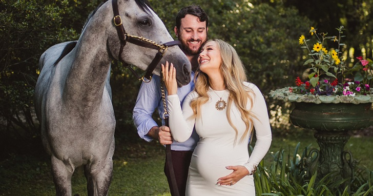 Reagan Charleston Is Married And Is Expecting A Child