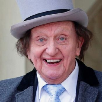 Comedian Sir Ken Dodd Dies At The Age Of 90, Days After He Married Anna Jones