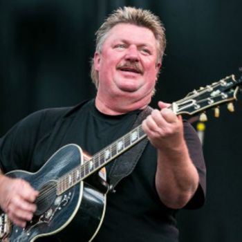 Country Singer Joe Diffie Dies After Testing Positive For Coronavirus