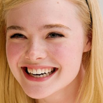 Elle Fanning Celebrates Her 21st Birthday with Sister Dakota Fanning