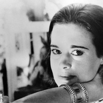 CNN�s Anderson Cooper Mother Gloria Vanderbilt Dies At The Age Of 95