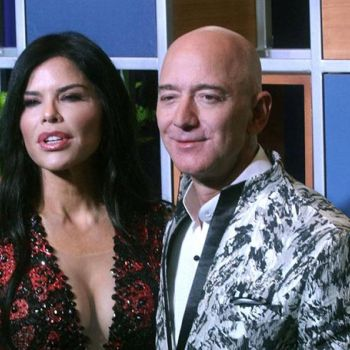 Jeff Bezos and Girlfriend Lauren Sanchez are Engaged