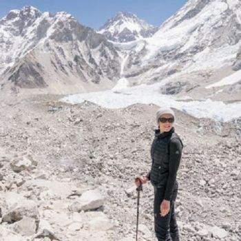 Mandy Moore Made It To The Top; Arrives At Mount Everest Base Camp