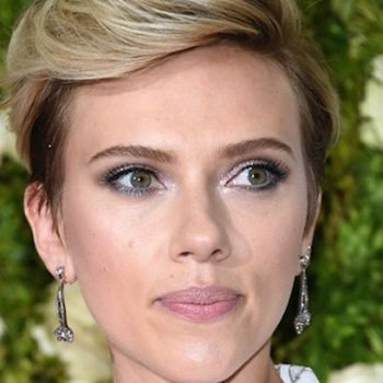 Scarlett Johansson Taken To LA Police Department Following Paparazzi Scare