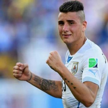Uruguay's Jose Gimenez Hits The Winning Goal Of The Tournament In The Last Minute